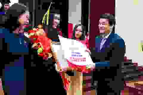 Sinh viên phải đạt trình độ tiếng Anh IELTS 5.5 trước khi tốt nghiệp
