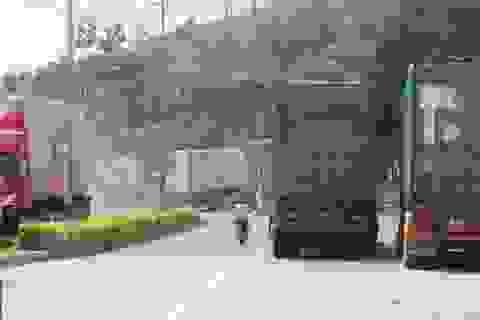 Mưa lũ ở Lào kéo dài, hàng trăm phương tiện ách tắc tại cửa khẩu Lao Bảo
