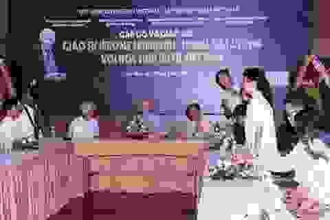 Những học sinh ưu tú Việt Nam giao lưu với giáo sư đoạt giải Nobel Vật lý