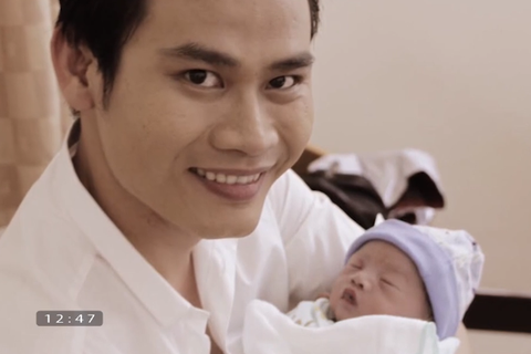 Nam MC VTV bán nhà chạy chữa cho con kể chuyện con 7 ngày tuổi mổ tim
