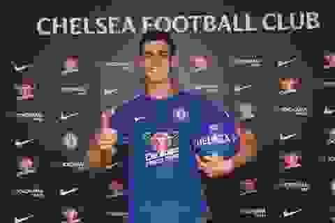 """Chi 80 triệu euro mua thủ môn, Chelsea """"đánh bạc"""" với số phận?"""