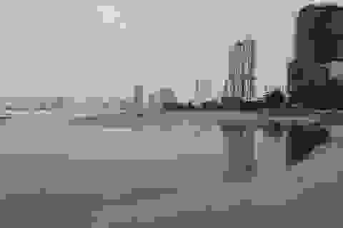 Đà Nẵng: Mưa lớn, nước thải chưa qua xử lý lại tràn ra biển