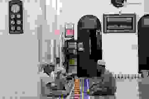 Thánh Đường Hồi giáo gần 1 thế kỷ giữa Sài Gòn