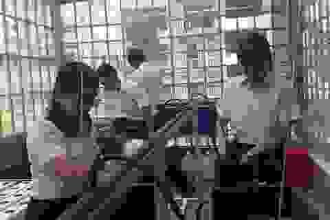 TPHCM: Giáo viên không kiểm tra bài liên tục gây áp lực cho học sinh