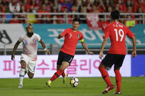 Son Heung Min tịt ngòi, Hàn Quốc bất phân thắng bại với Chile