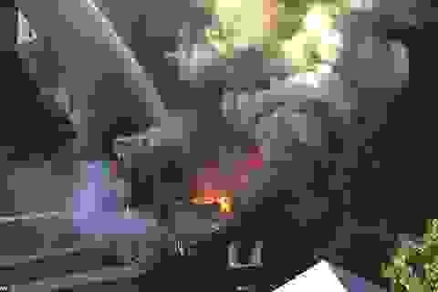 Mỹ: Hàng loạt vụ nổ gas rung chuyển thành phố Boston, 70 ngôi nhà bị thiêu rụi