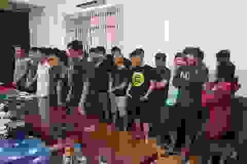 """Gần 100 cảnh sát bao vây sới bạc """"khủng"""" ở Sài Gòn"""