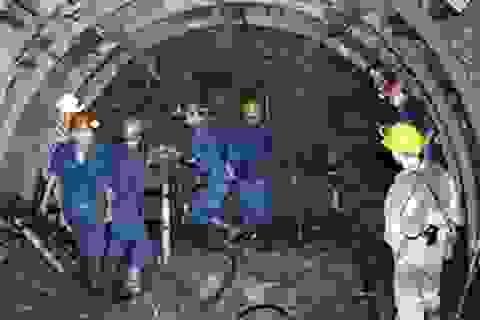 Công nhân mỏ tử vong khi trượt chân rơi vào tuyến máng than