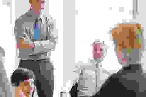 """11 cách để giao tiếp với """"người không chịu nổi"""" trong đời sống công sở"""