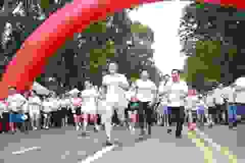 Gần 3 tỷ đồng cho trẻ em nghèo hiếu học từ giải chạy cộng đồng SeABank Run For The Future