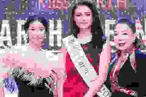 Miss Earth Air 2016 xinh đẹp đọ dáng cùng hậu Hà Kiều Anh
