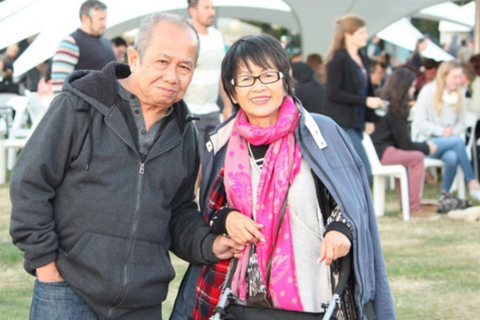 """Gặp gỡ cặp vợ chồng Việt """"đông con cháu"""" nhất ở Christchurch – New Zealand"""