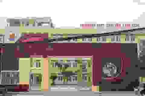 """Vì đâu việc tuyển dụng giáo viên trường chuyên Lam Sơn """"dậm chân tại chỗ""""?"""