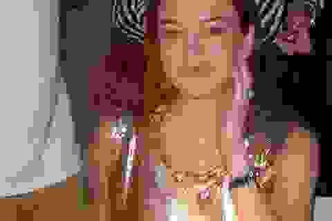 """Lindsay Lohan """"xuống sắc"""" ở tuổi 32"""