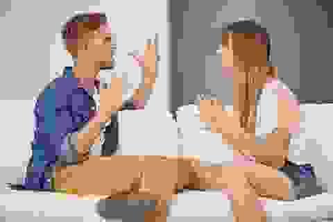"""Chồng lén đem tiền cho người cũ vay, bị vợ hỏi còn nói """"tiền của anh, anh muốn làm gì thì làm"""""""