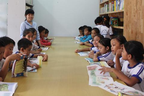"""Giám đốc Sở Giáo dục Khánh Hòa: """"Giáo viên dạy học chứ không phải đi thu tiền"""""""