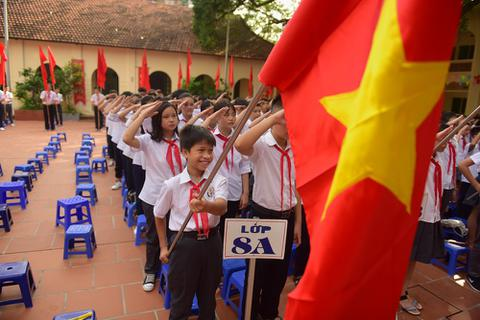 Hà Nội: Lễ khai giảng trong ngôi đình