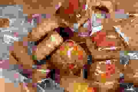 Cần Thơ: Tạm giữ gần 4.000 chiếc bánh trung thu không rõ nguồn gốc