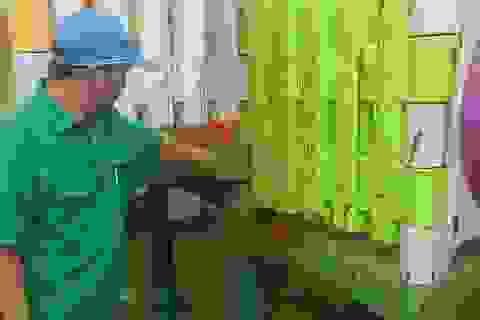 Đà Nẵng: Trường mầm non bị khủng bố bằng sơn, mắm tôm