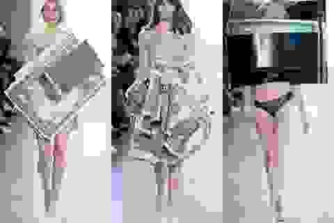 """Sửng sốt với mốt thời trang """"tiền tệ"""""""