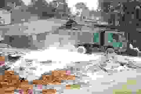 Vỡ đập hồ chất thải ở Lào Cai, 45.000 m3 bùn axit tràn vào khu dân cư