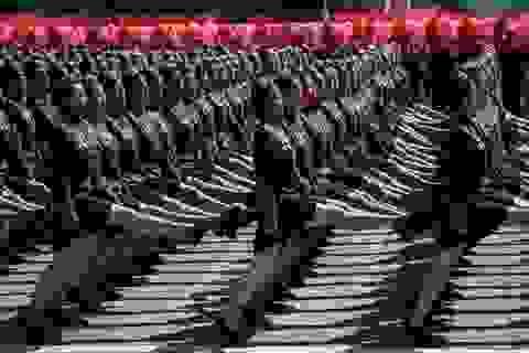 Màn duyệt binh đồng đều ấn tượng của quân đội Triều Tiên