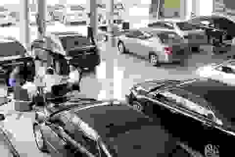 """Giảm giá cứu doanh số bất thành, nhiều đại gia xe hơi Việt bắt đầu """"ôm hận"""""""