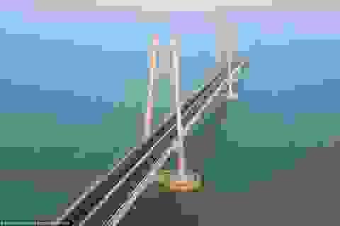 Trung Quốc hoàn thành cây cầu vượt biển dài nhất thế giới