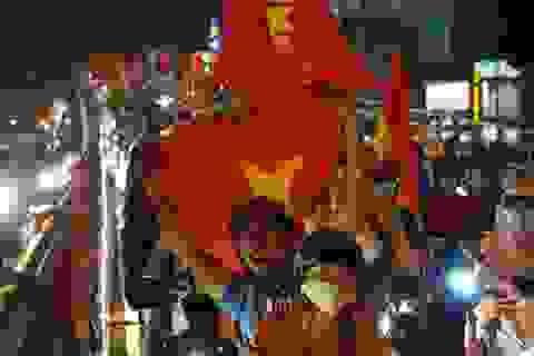 Người Việt kiếm tour đi Trung Quốc xem chung kết tăng mạnh trên Google
