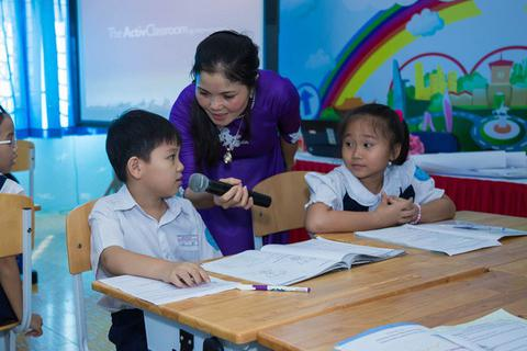 """TPHCM: """"Học sinh sẽ được học bộ sách giáo khoa ưu việt nhất"""""""