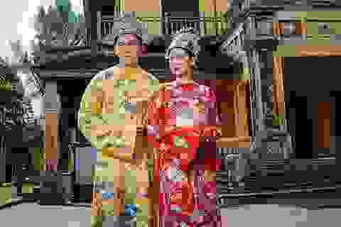 Ngọc Tình, Khánh Ngân làm sống lại hình ảnh vua chúa vương triều xứ Huế