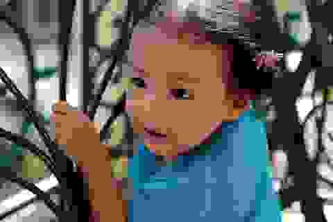 Nét cườibé gái 5 tuổi, nhìn không thể không yêu