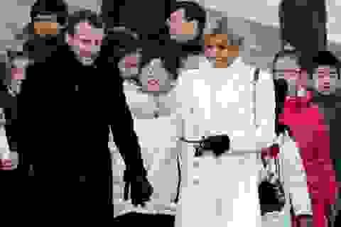 """Video Tổng thống Pháp chật vật học tiếng Trung """"gây sốt"""""""