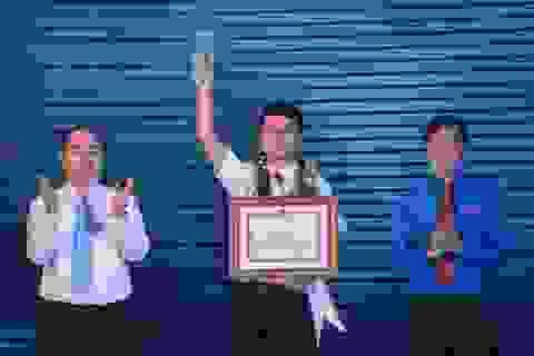 Thành tích đáng nể của nam sinh là Công dân trẻ tiêu biểu TPHCM 2017