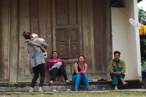 """Hàng trăm phụ nữ biến mất: Chính nạn nhân """"ngã giá"""" để... tự bán mình?"""