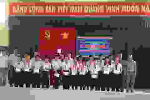 Grobest Việt Nam trao 70 suất học bổng đến học sinh nghèo huyện Cần Giờ