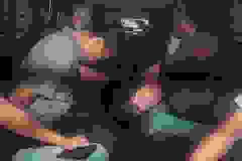 Ba người Việt Nam bị bắt giữ tại Singapore do trộm dầu
