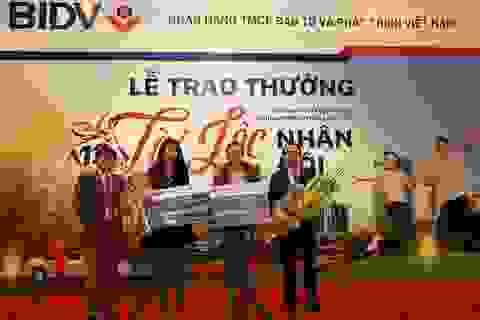 """BIDV trao giải Nhất trị  500 triệu đồng cho khách hàng trúng thưởng Chương trình """"Tài Lộc Nhân Đôi"""""""