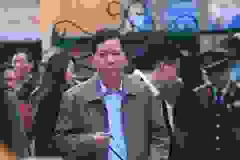 Xử vụ chạy thận: Đề nghị phạt cựu Giám đốc BV Hòa Bình 2,5-3 năm tù