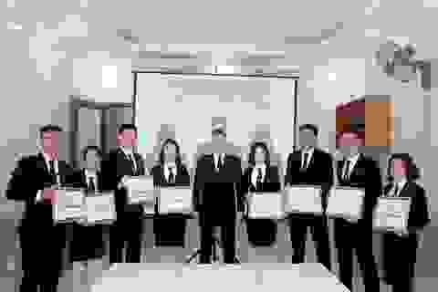 """""""Choáng"""" với công ty vệ sĩ chi 3 tỷ đồng thưởng Tết cho người lao động"""