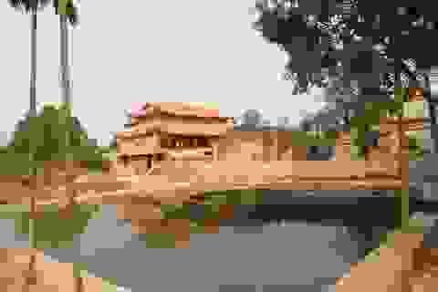 """Ngôi chùa bề thế được xây dựng từ tiền bán... nhánh """"cây sưa trăm tỷ"""""""