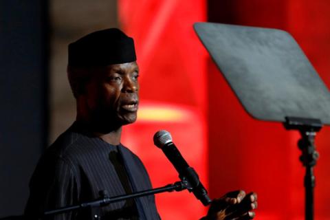 Máy bay chở phó tổng thống Nigeria gặp nạn ngay trước bầu cử