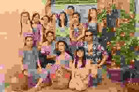 Bộ ảnh Tết độc nhất vô nhị của Á hậu Thuỳ Dung và gia đình