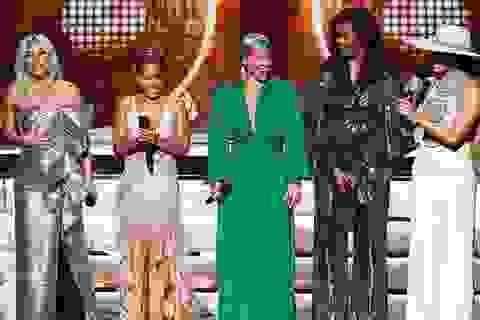 Cựu Đệ nhất phu nhân Michelle Obama bất ngờ xuất hiện tại Grammy 2019