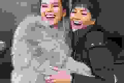 Đương kim Hoa hậu hoàn vũ - Catriona Gray vui mừng hội ngộ H'Hen Niê tại Mỹ