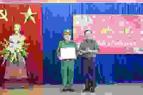 Bắt nhóm chuyên cướp giật tài sản của du khách nước ngoài trong dịp Tết