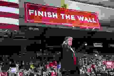 Chính trường Mỹ sục sôi vì ông Trump dọa ban bố lệnh khẩn cấp quốc gia