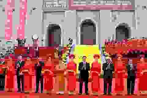Hàng vạn du khách đổ về dự lễ khai hội xuân Tây Yên Tử năm 2019