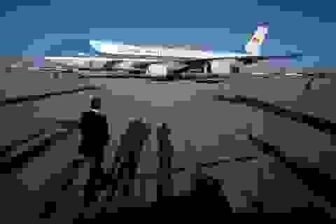 """""""Miễn"""" soi an ninh hàng không với đoàn Tổng thống Donald Trump"""