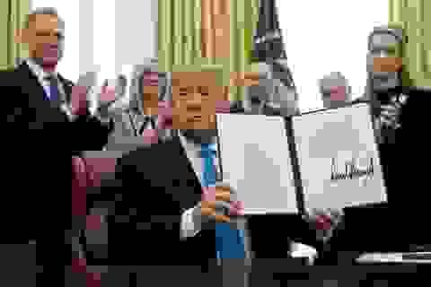 Ông Trump ký chỉ thị lập Lực lượng Không gian của Mỹ